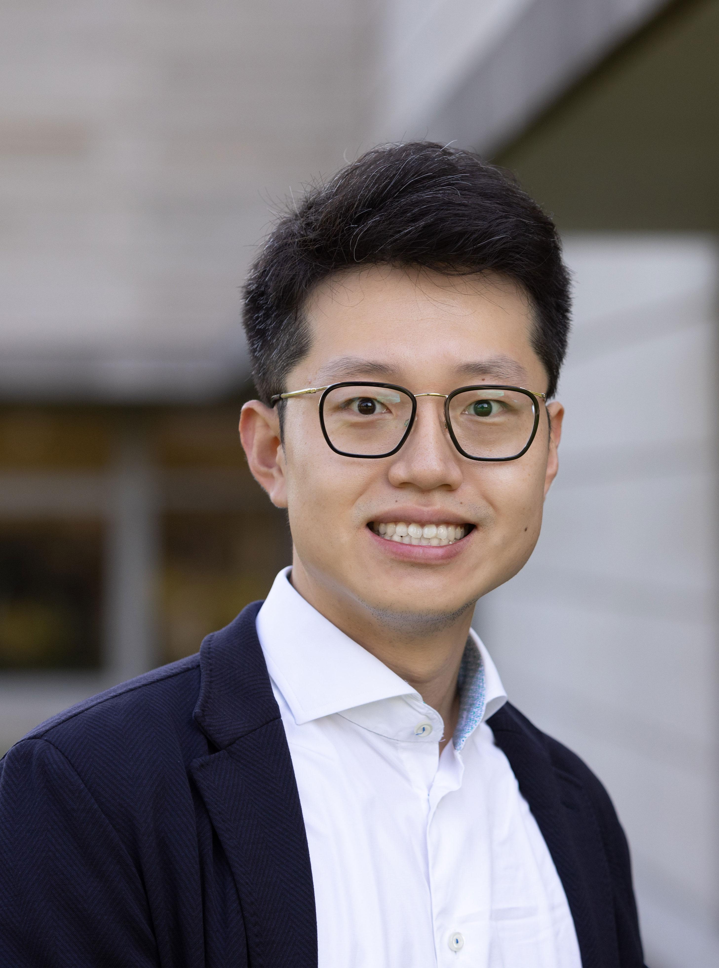 Tengyuan Liang